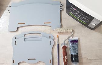 boite de rangement enfant en bois à customiser avec de la peinture gris