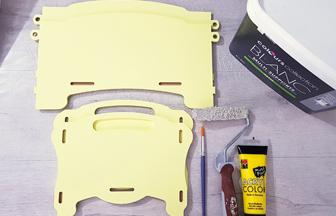 boite de rangement enfant à customiser avec de la peinture jaune