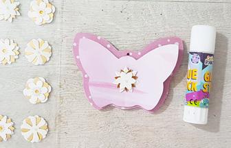 papillon en bois à personnaliser pour le mobile bébé