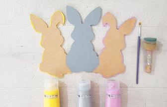 peindre la famille lapins en bois