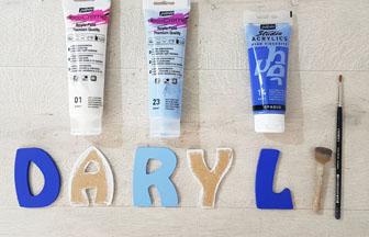 lettres en bois à peindre en bleu