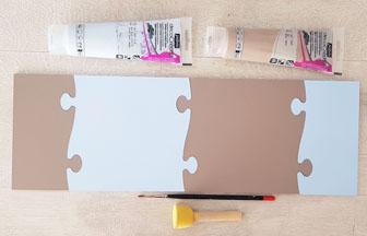 frise en bois façon puzzle à peindre en bleu pour une déco chambre viking