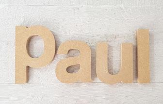 lettres à poser en bois pour une déco montgolfières