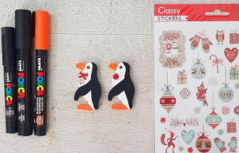 colorier avec des feutres les pingouins en bois