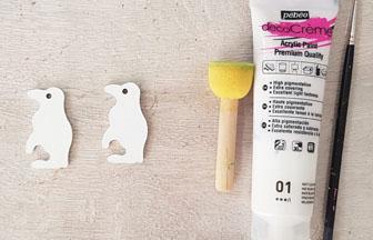 petits pingouins percé en bois peint en blanc