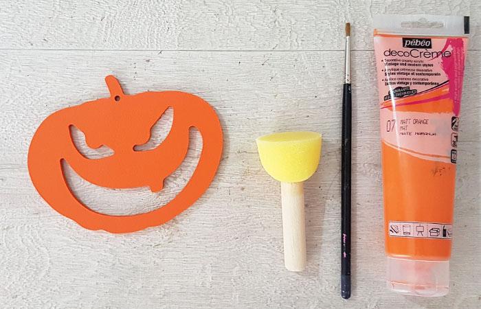 citrouille terrifiante en bois à peindre en orange