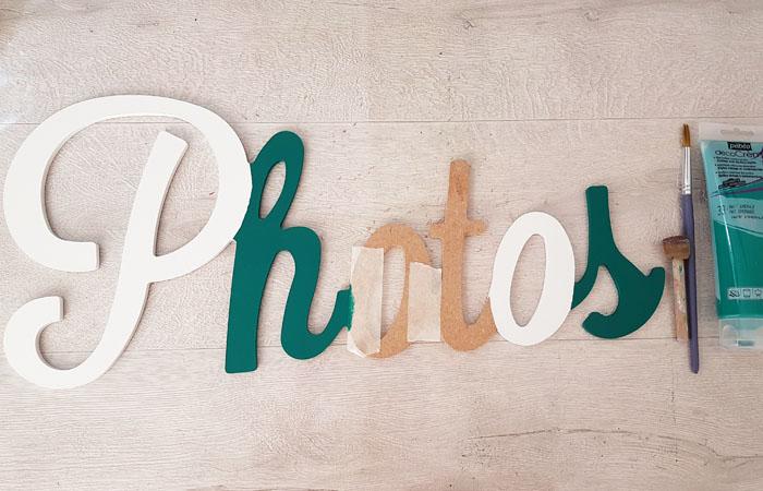 mot photos bois peint en vert tropicale