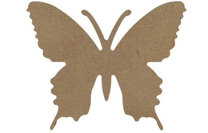 petit papillon en bois