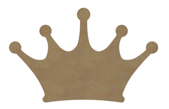 une grande couronne en bois à personnaliser