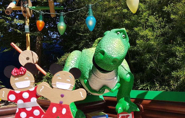 une journée Disney avec Rex de toy story