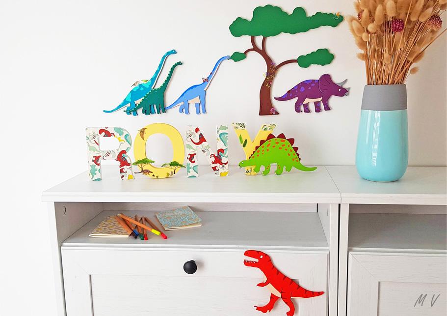Un tuto dinosaure avec des formes en bois à customiser pour une chambre d'enfant !