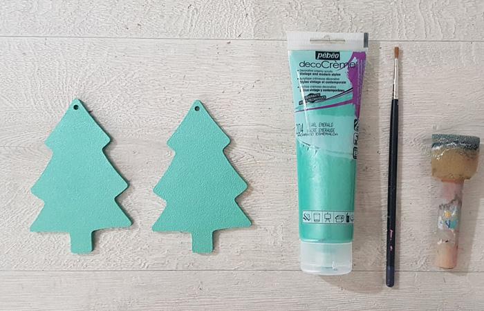 petit sapin en bois de Noël à peindre en émeraude