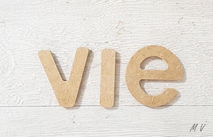 lettres minuscules en bois à coller