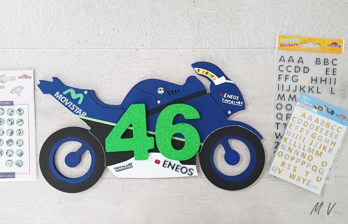 silhouette de moto en bois Valentino Rossi
