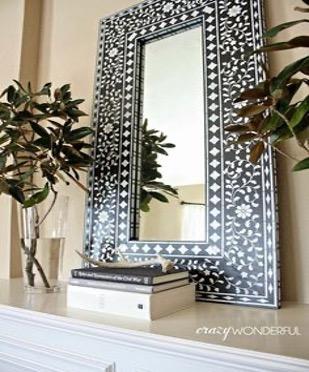 décorer un miroir au pochoir