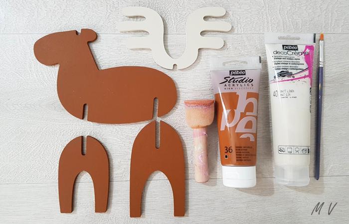 peindre le caribou 3D en bois