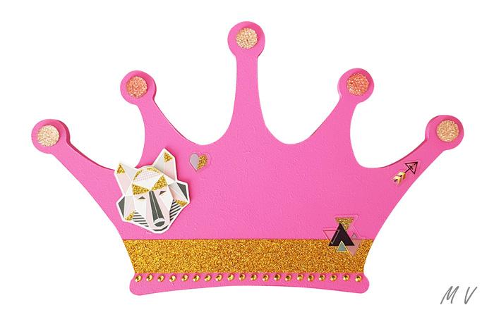 jolie couronne en bois à personnaliser