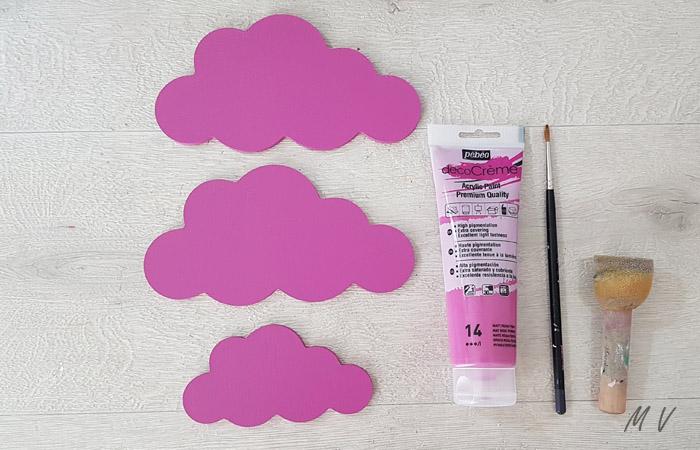 peindre les nuages en bois en violet