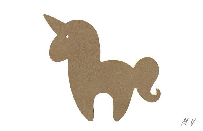 petite licorne kawaii en bois à peindre