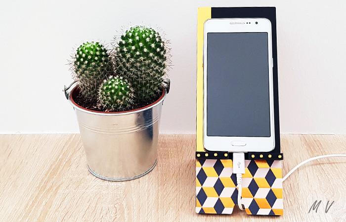 support pour smartphone en bois pour votre décoration