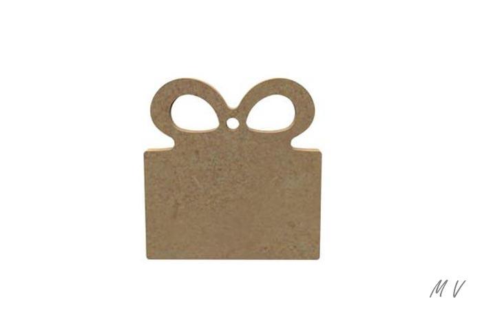 petit paquet cadeau a suspendre au sapin de noël authentique