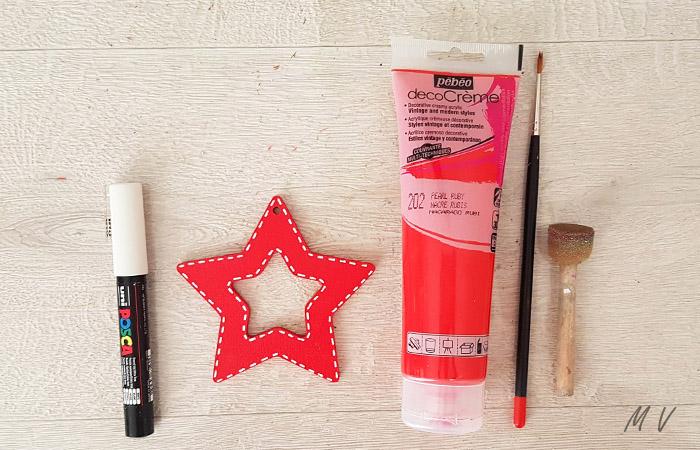étoile en bois à décorer pour le sapin de noël thème gourmandise