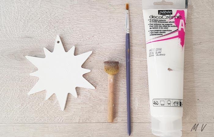 peindre l'étoile de noël en blanc