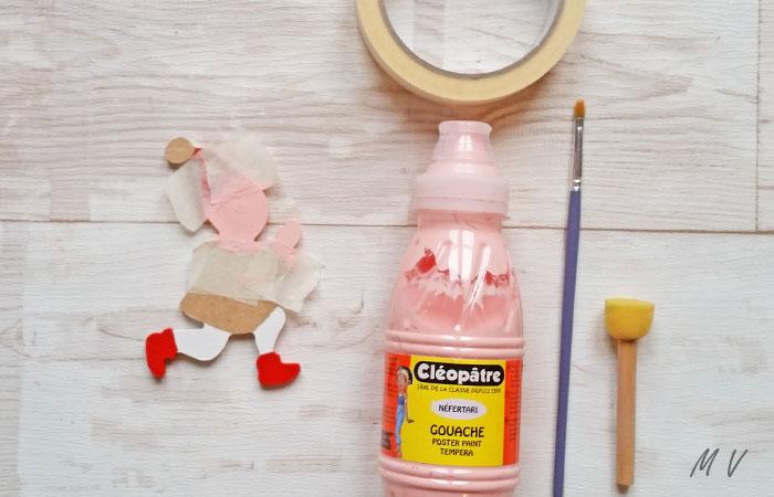 lutin en bois à peindre en rose