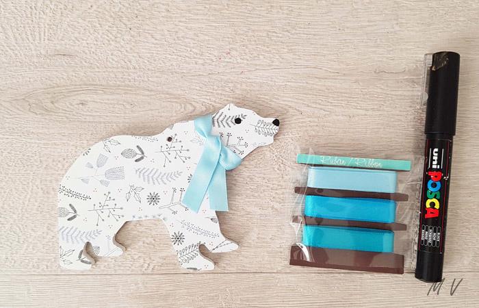 ours brun à décorer pour le sapin de Noël polaire